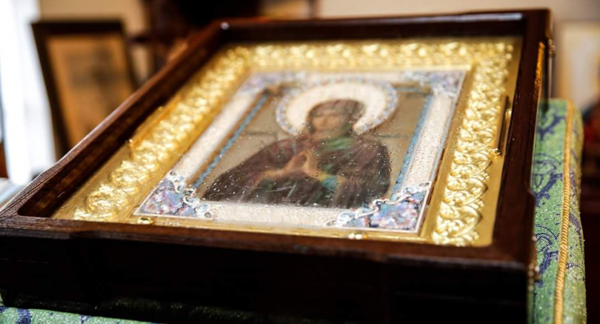 Myrrh-streaming icon of the Mother of God, «Softener of Evil Hearts» in San Diego