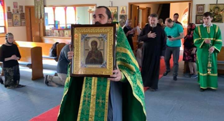 Милуоки, штат Висконсин. В церкви Святой Троицы сегодня будет совершено Соборование в присутствии чудотворной мироточивой иконы Умягчение злых сердец.