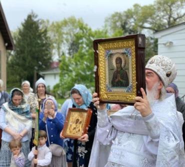 Светлый вторник в Тихвинской церкви. Торжественно, радостно по Пасхальному!