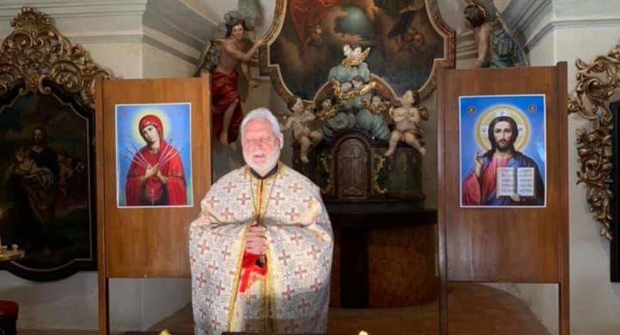 Джяр, Чехия. Католическая община города передала православным верующим церковь Св. Троицы для совершения богослужений.