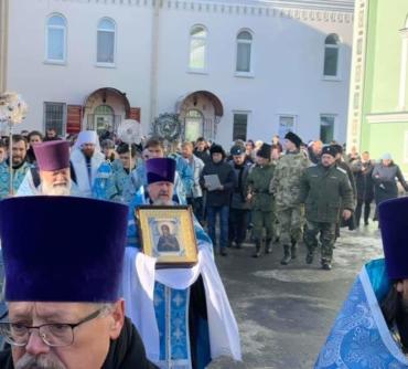 Челябинск, Крестный ход в День народного единения и Казанской иконы Божией Матери.